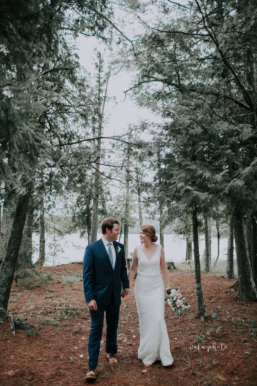 Michigan-Lake-House-Wedding-Madeline-Patrick-Vafa-Photo-558.jpg