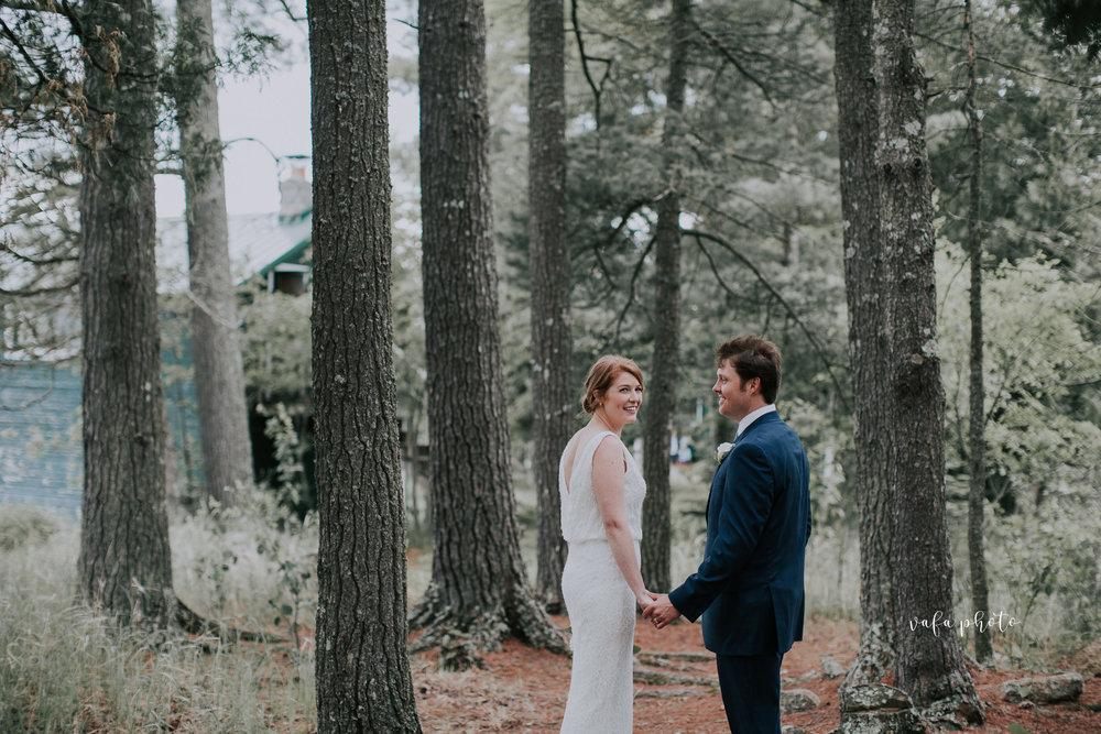 Michigan-Lake-House-Wedding-Madeline-Patrick-Vafa-Photo-574.jpg