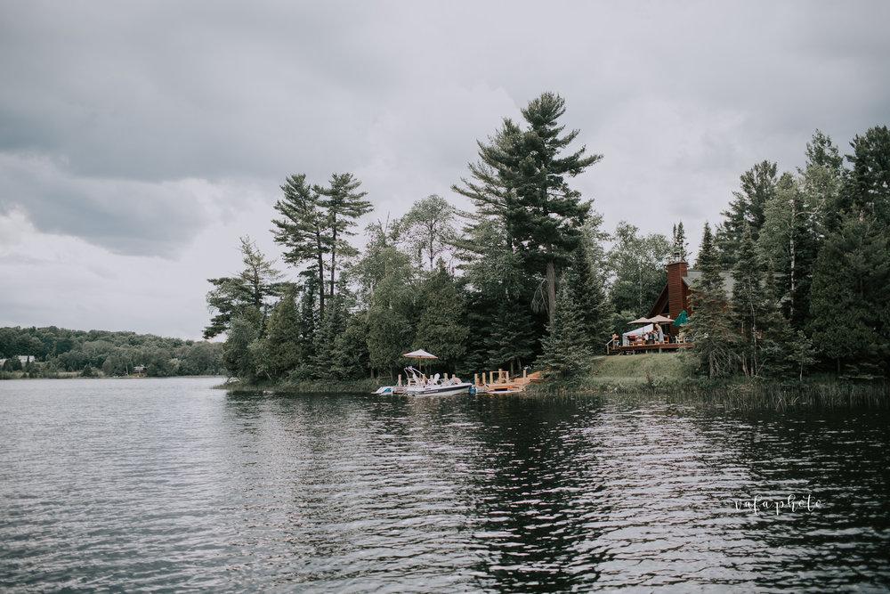Michigan-Lake-House-Wedding-Madeline-Patrick-Vafa-Photo-691.jpg