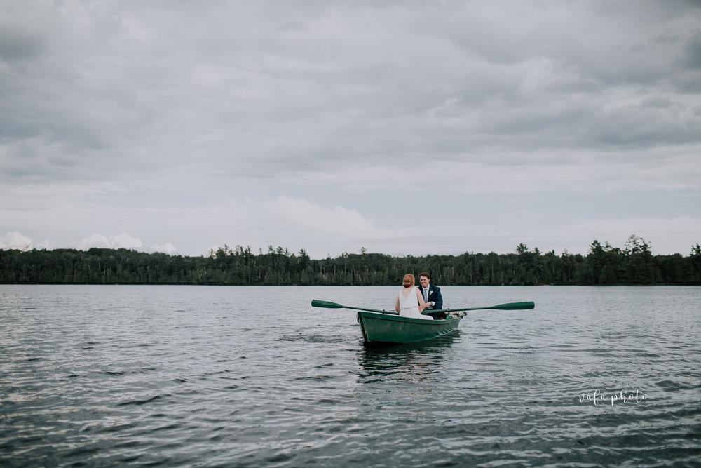 Michigan-Lake-House-Wedding-Madeline-Patrick-Vafa-Photo-737.jpg