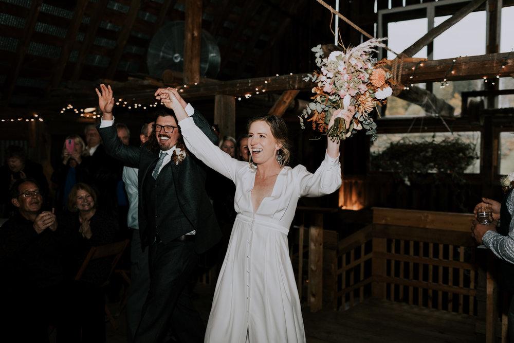 Belsolda-Farm-Wedding-Marquette-MI-Addie-James-Vafa-Photo798.jpg