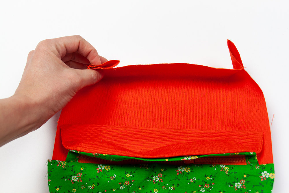 Raspberry Rucksack Sew Along - Sewing a lined popup pocket - Sarah Kirsten