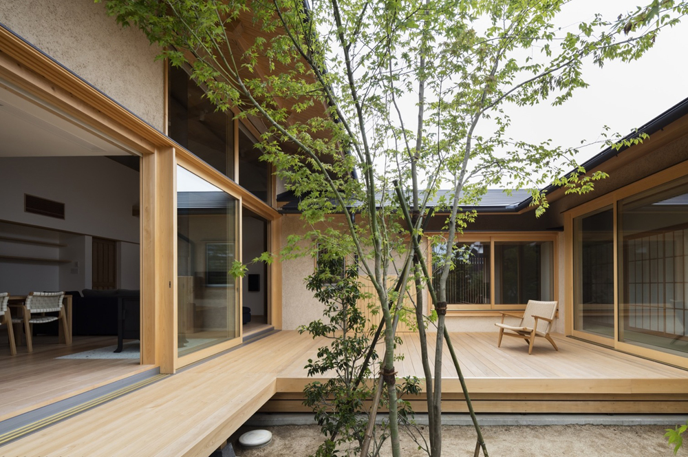 House of Holly Osmanthus Takashi Okuno