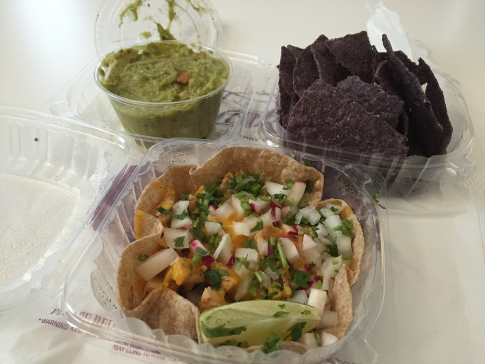 Energy Taco Chips & Guacumole [Al Horno Lean Mexican Kitchen]