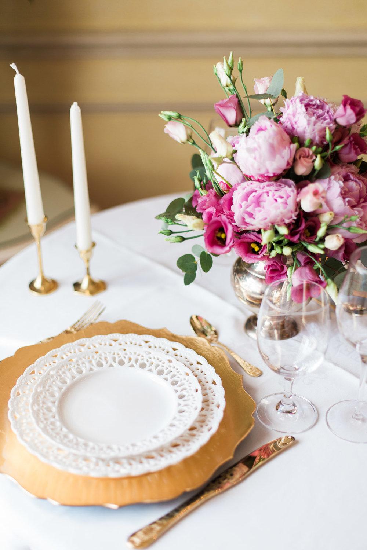 surprise-birthday-wedding-anniversary-themed-shooting-hotel-imperial-schloss-belvedere-vienna-austria-melanie-nedelko-photography-sissi-franz (4).JPG