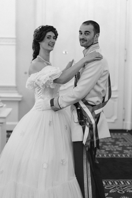 surprise-birthday-wedding-anniversary-themed-shooting-hotel-imperial-schloss-belvedere-vienna-austria-melanie-nedelko-photography-sissi-franz (22).JPG