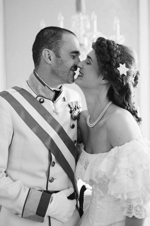 surprise-birthday-wedding-anniversary-themed-shooting-hotel-imperial-schloss-belvedere-vienna-austria-melanie-nedelko-photography-sissi-franz (16).JPG
