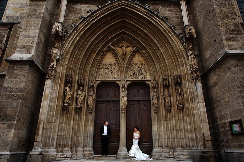 american-destination-wedding-abroad-vienna-austria-schloss-schoenbrunn-palais-coburg-wedding-planner-vienna (39).JPG