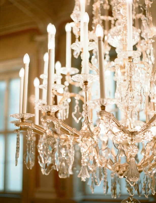 american-christmas-destination-wedding-abroad-luxury-hotel-imperial-wedding-planner-vienna-austria (22).jpg