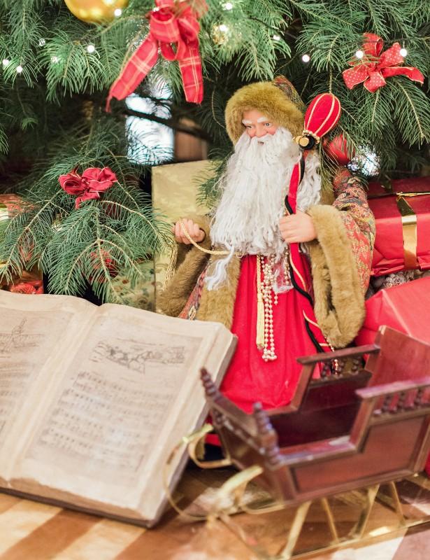 american-christmas-destination-wedding-abroad-luxury-hotel-imperial-wedding-planner-vienna-austria (38).jpg