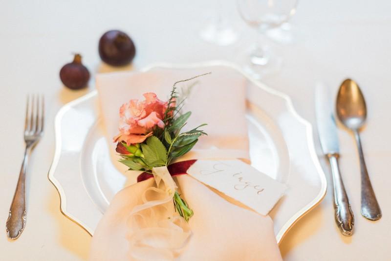 american-christmas-destination-wedding-abroad-luxury-hotel-imperial-wedding-planner-vienna-austria (39).jpg