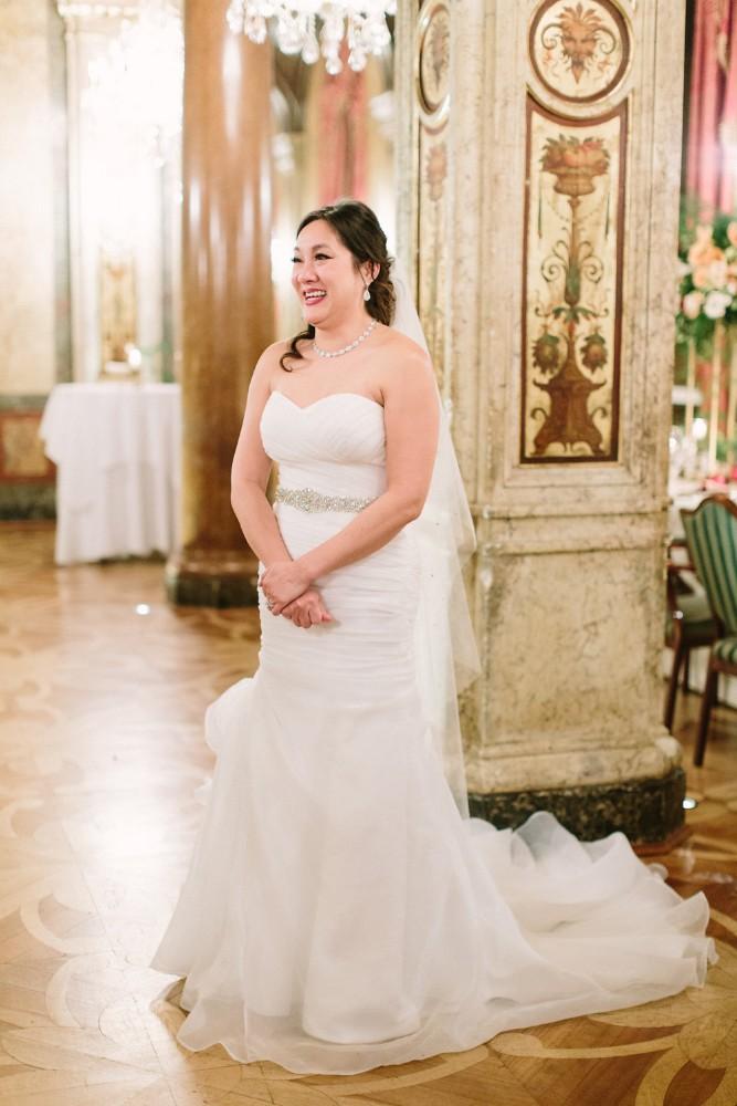 american-christmas-destination-wedding-abroad-luxury-hotel-imperial-wedding-planner-vienna-austria-nikol-bodnarova-photo (1).jpg