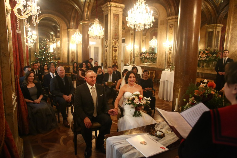 christmas-luxury-winter-destination-wedding-planner-vienna-austria-hotel-imperial-horia-photography (16).jpg