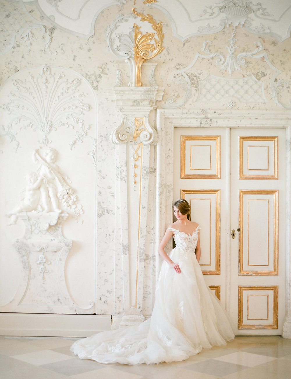 destination-wedding-vienna-austria-styled-schloss-hof-palace-highemotionweddings-nikolbodnarova (48).JPG