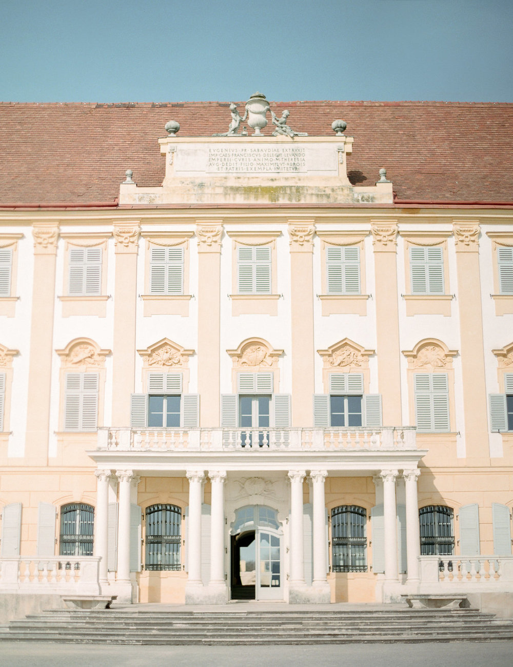 destination-wedding-vienna-austria-styled-schloss-hof-palace-highemotionweddings-nikolbodnarova (75).JPG