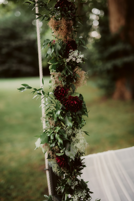 dark-moody-summer-wedding-schloss-margarethen-am-moos-vienna-austria-highemotionweddings-planner-landofwhitedeer (55).jpg