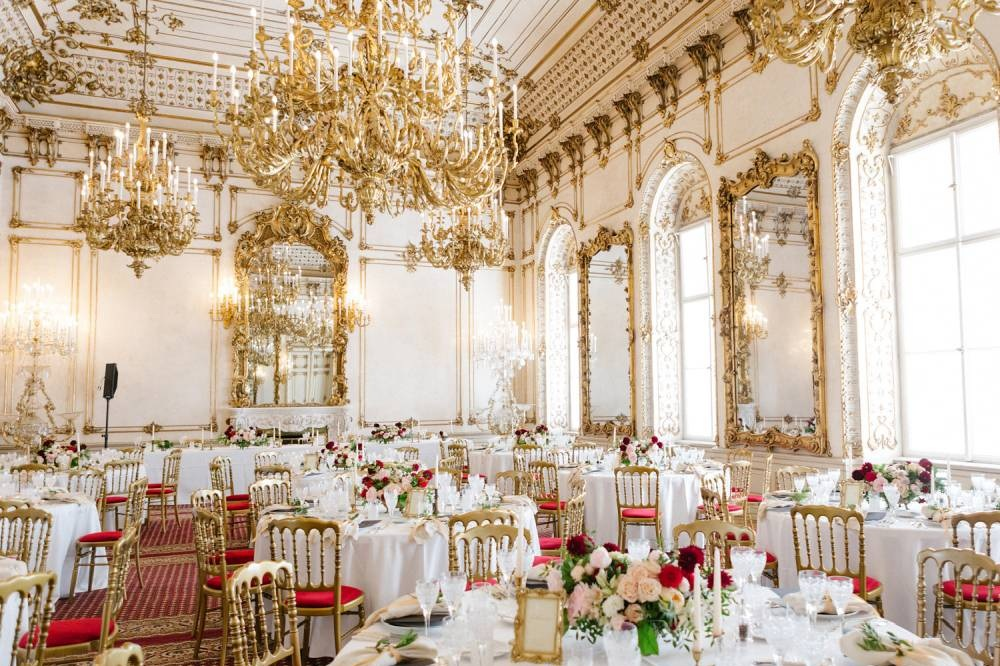 luxury-wedding-venue-palace-pallavicini-vienna-austria-nikol-bodnarova-photo (3).JPG