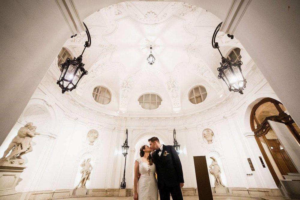 wedding-venue-vienna-austria-palace-daun-kinsky-monro-photo (5).jpg