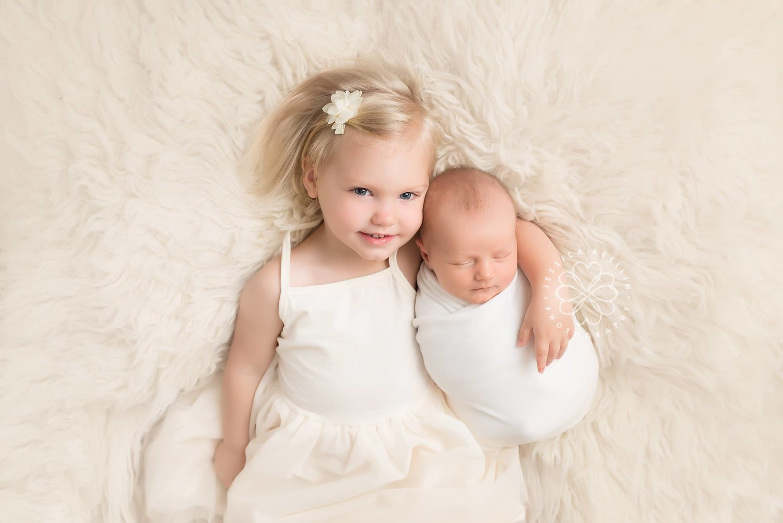 Manteca california photographer newborn