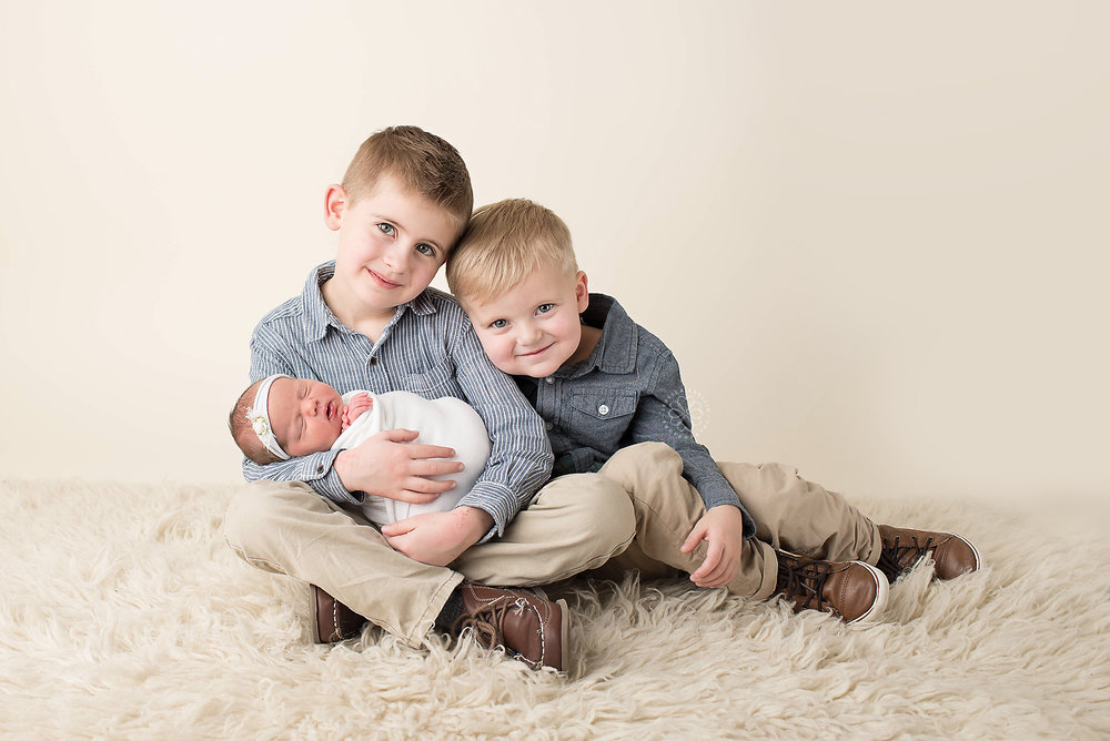 Sibling newborn Photography