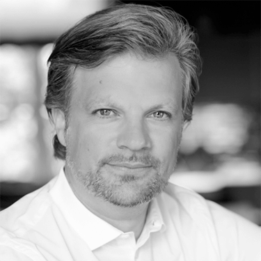 Christoph Hüning   Christoph has more than 15 years of experience in strategy- , management- and organizational consulting for the media and communications industry. He is the founder of 4wrd Consulting, which offers consulting services for digital change programs.    LinkedIn
