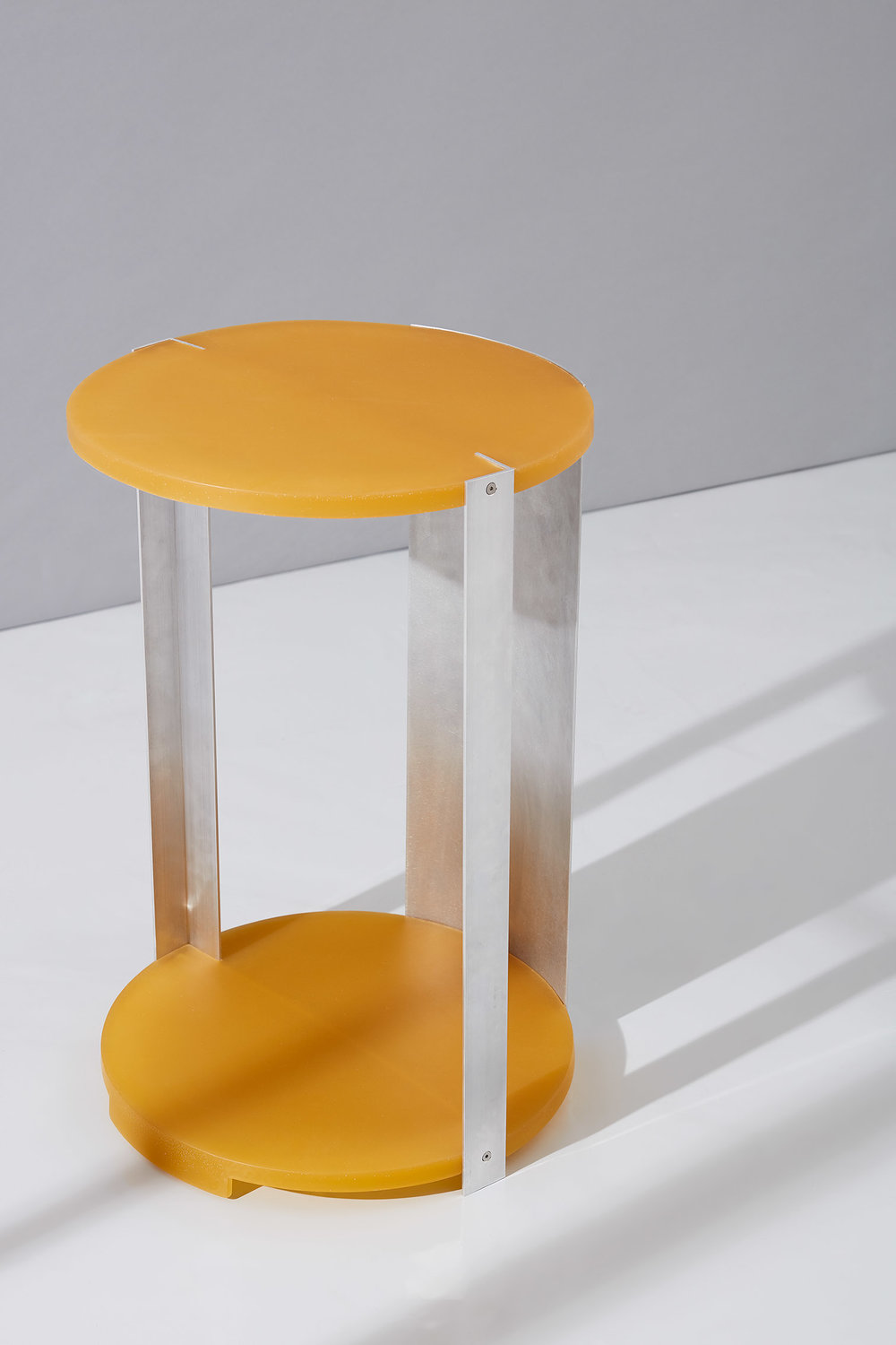 Resin & Aluminium Tables