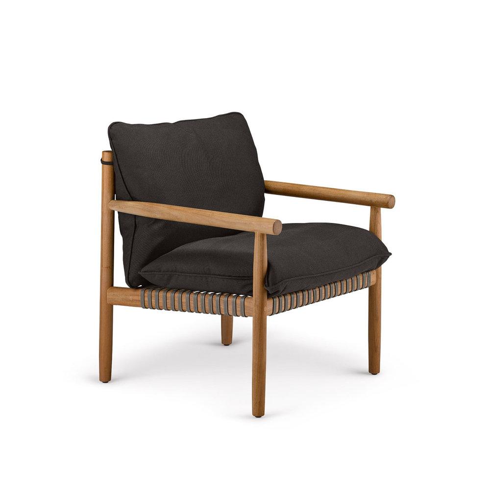DEDON-TIBBO_Lounge-chair_vulcano-cushion-1920x1266px.jpg