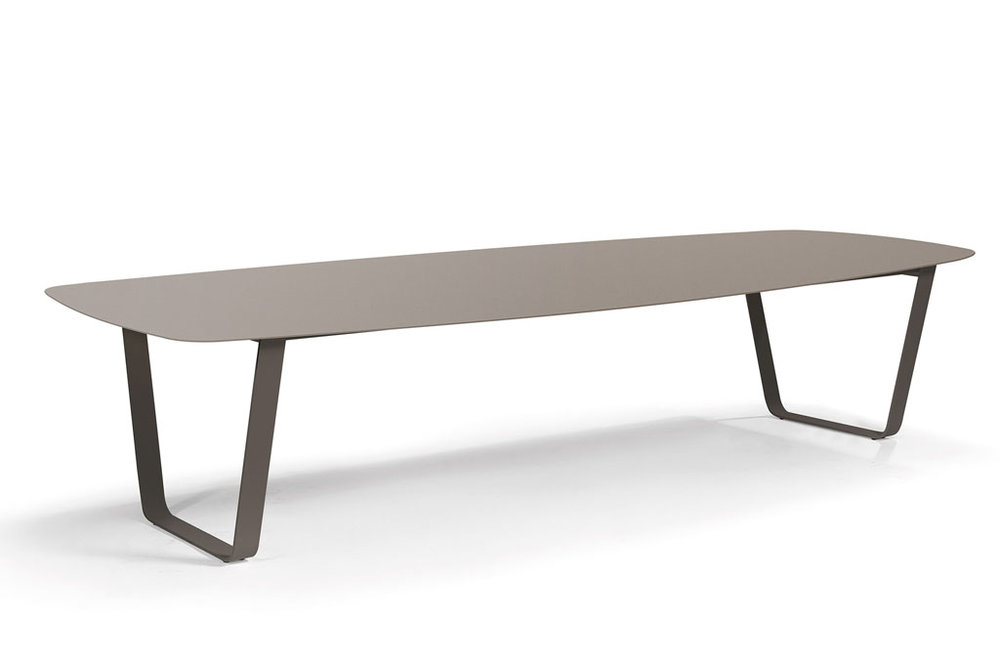 Manutti AIR Table  340