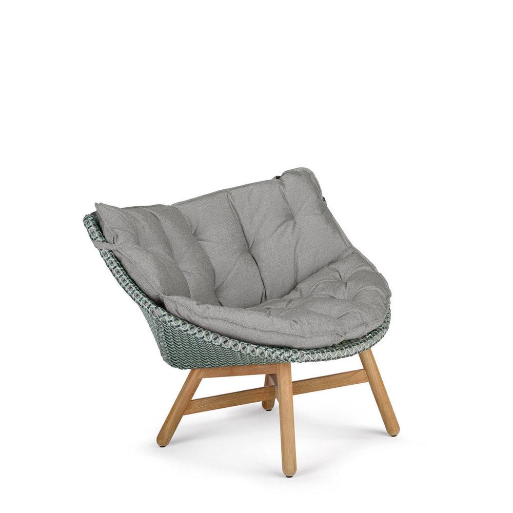 DEDON-Mbrace-Lounge-chair-seat-back-cushion-baltic-teak.jpg
