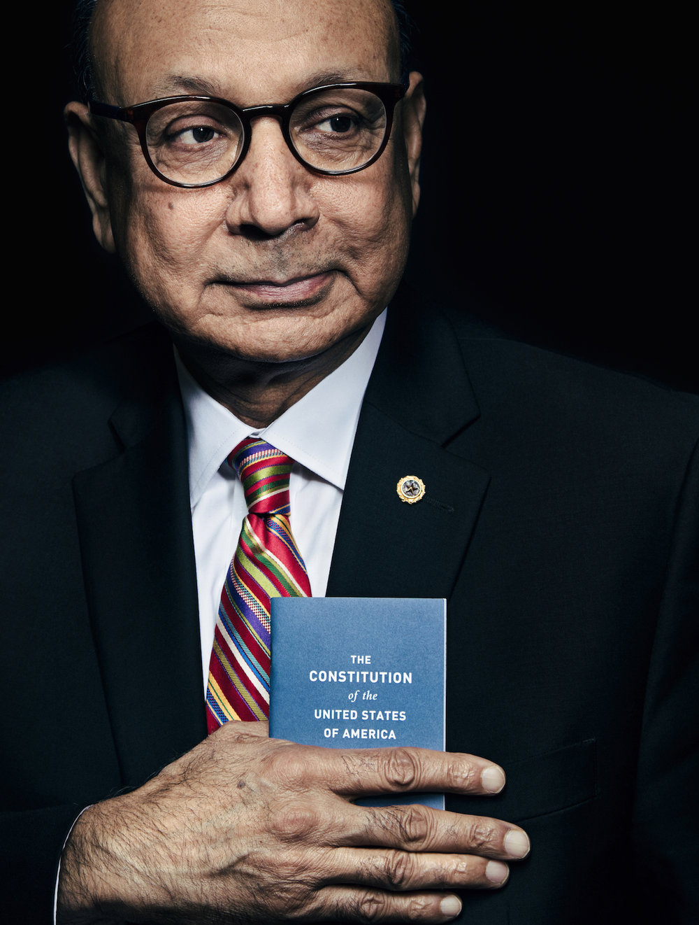 quinn russell brown, quinn brown seattle, quinn russell brown seattle, quinn russell brown seattle photography, seattle editorial portrait, seattle studio portrait photography, khizr khan, gold star father khizr khan, khizr khan constitution, khizr khan photo, khizr khan portrait