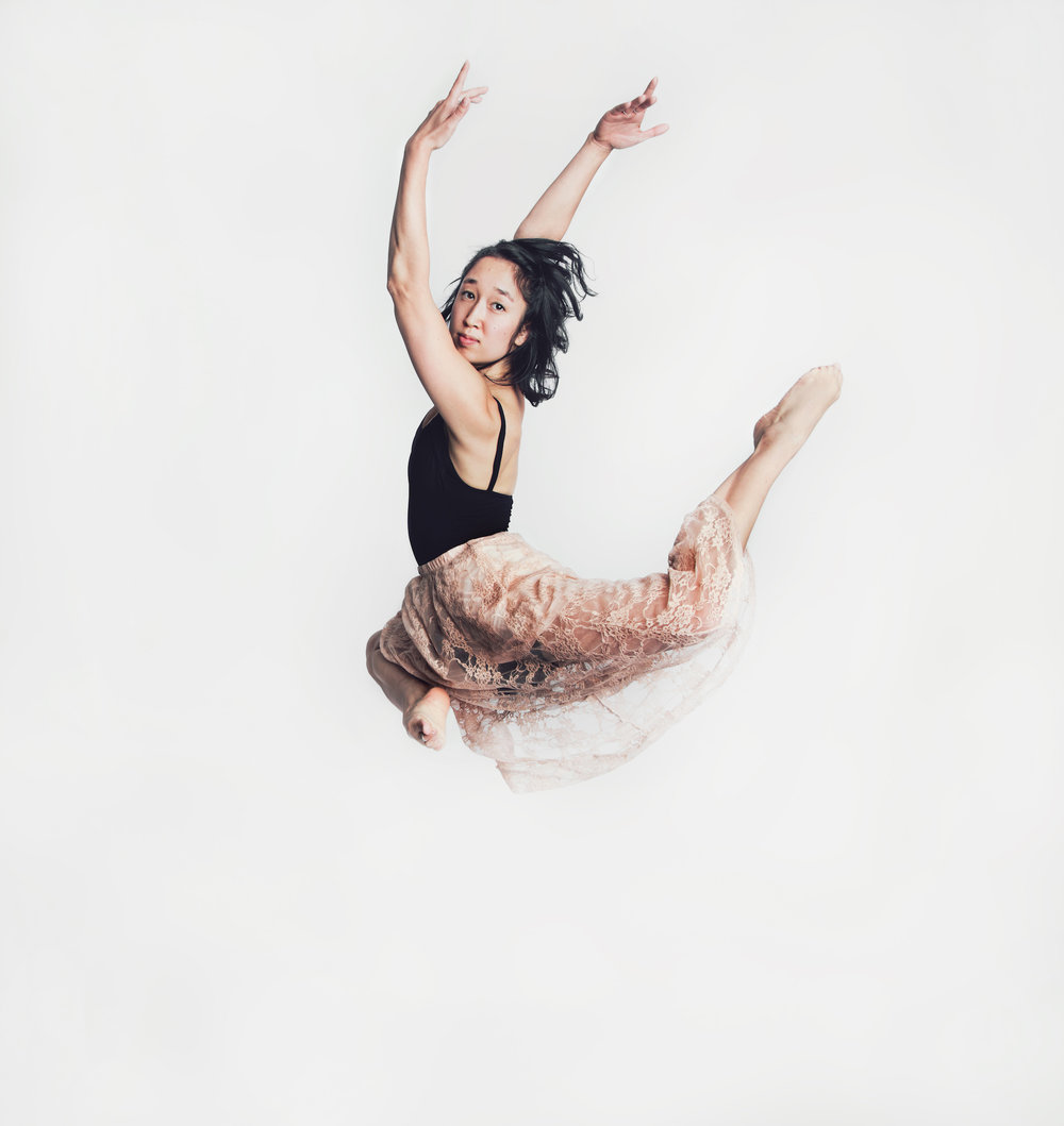 ayako+jump.jpg