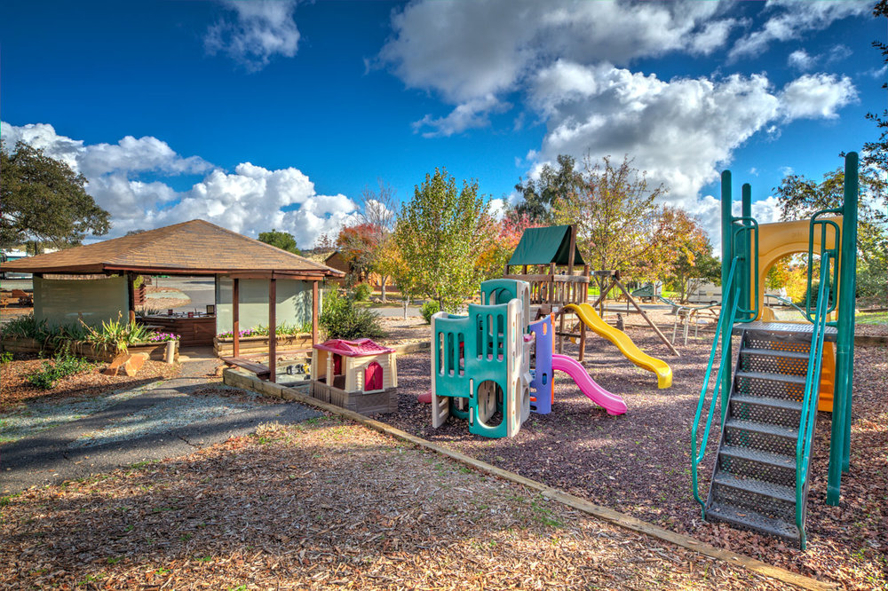 Angels-Camp-RVPark-Playground_IMG_9045.jpg