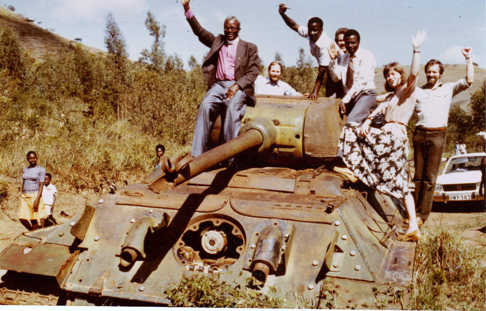 1981 Uganda team on tank.jpg
