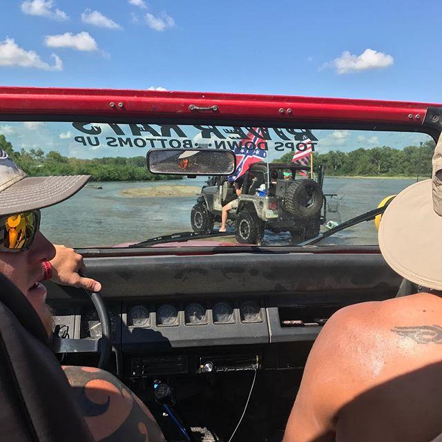Gone jeepin' . . . . . . . . #journeyunbound #nebraska #stpaul #stpaulnebraska #riverrally #riverratsforlife #riverrats #loupriver #river #jeep #jeepyj #jeepin