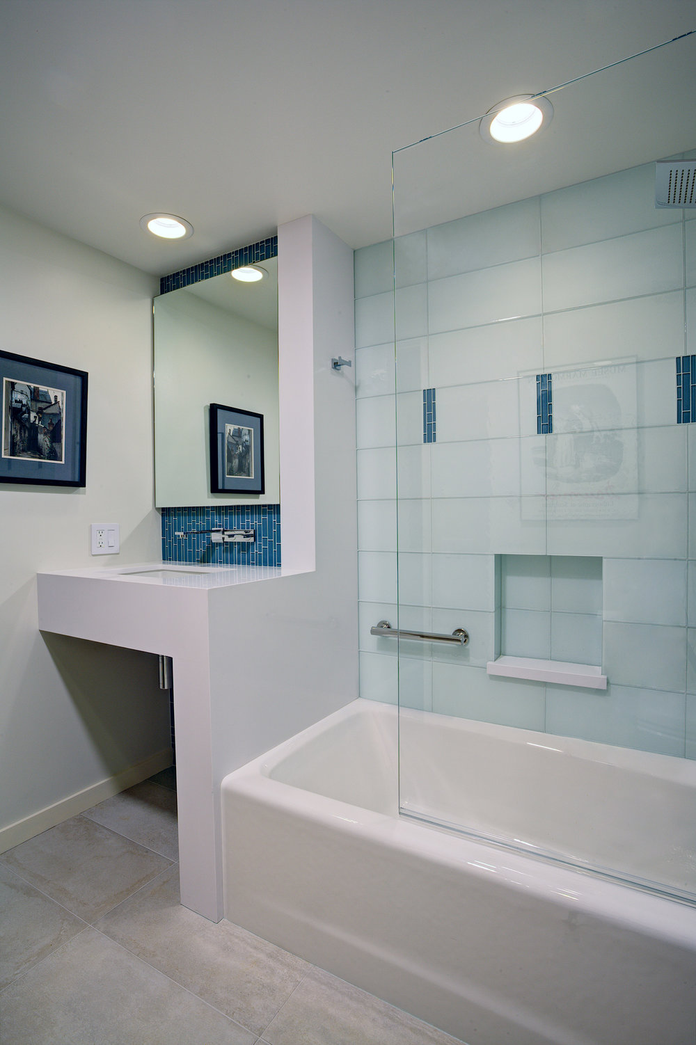 Guest bathroom vanity and tub.jpg