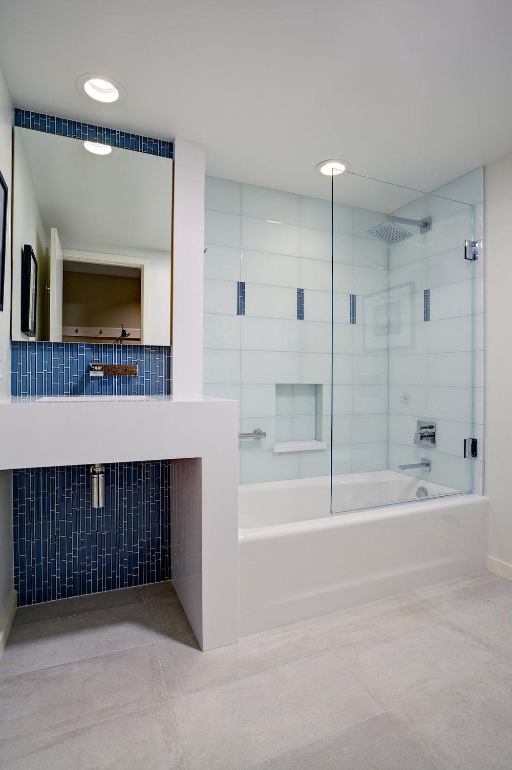 Guest bathroom tub and vanity.jpg