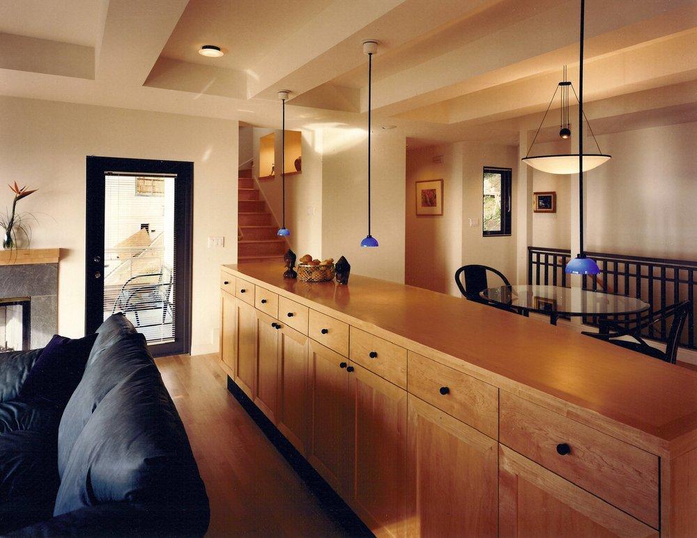 Kaplan-Architects-new-modern-hillside-house-living-room-1.jpg