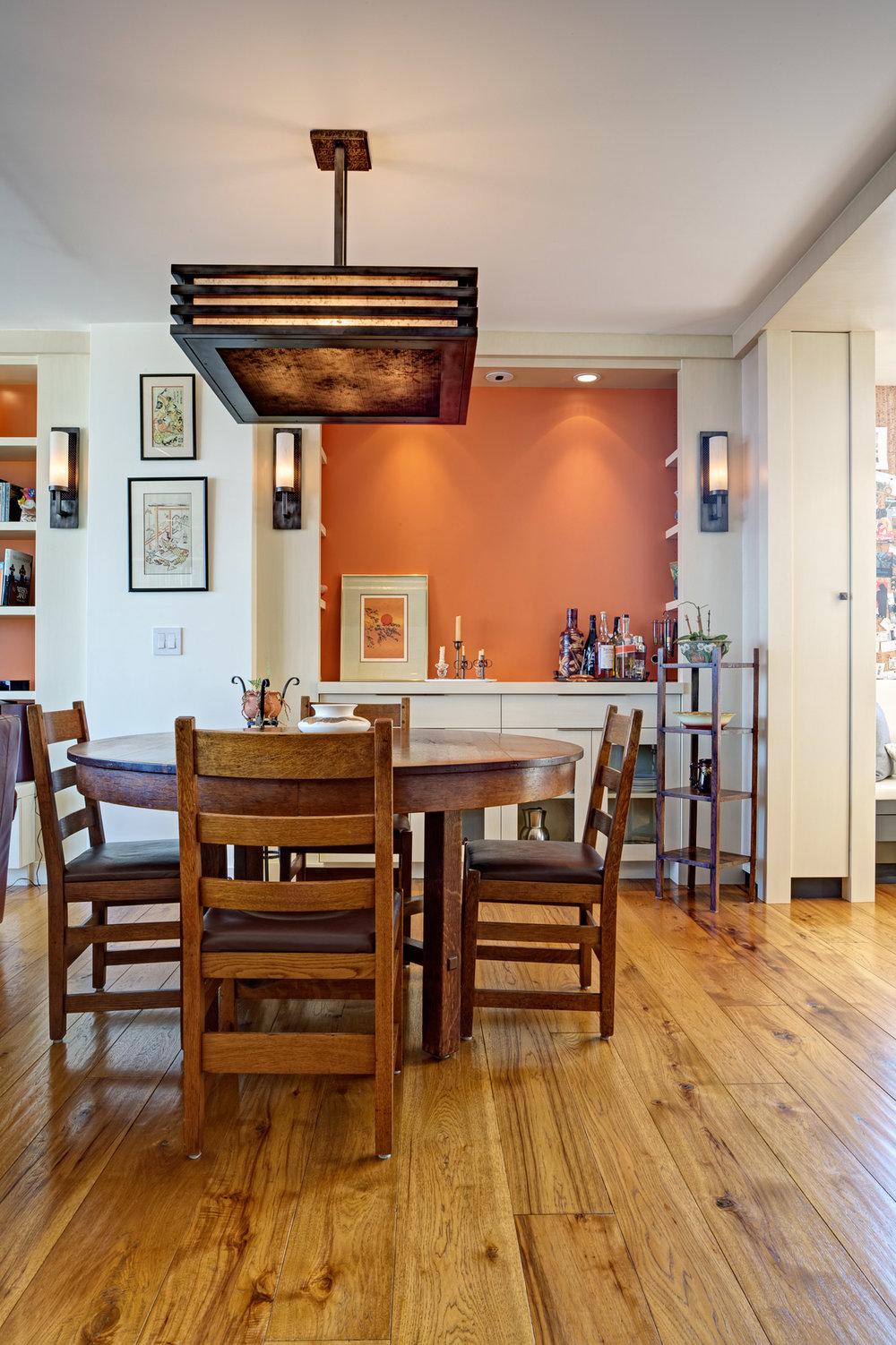 Kaplan-Architects-high-rise-interior-dining-area.jpg