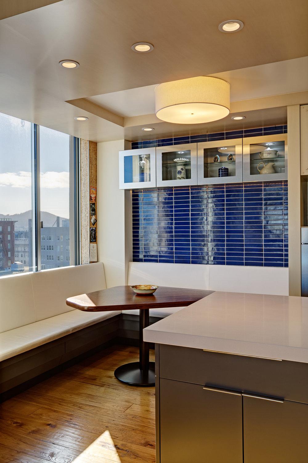 Kaplan-Architects-high-rise-interior-remodeled-kitchen-breakfast-area.jpg