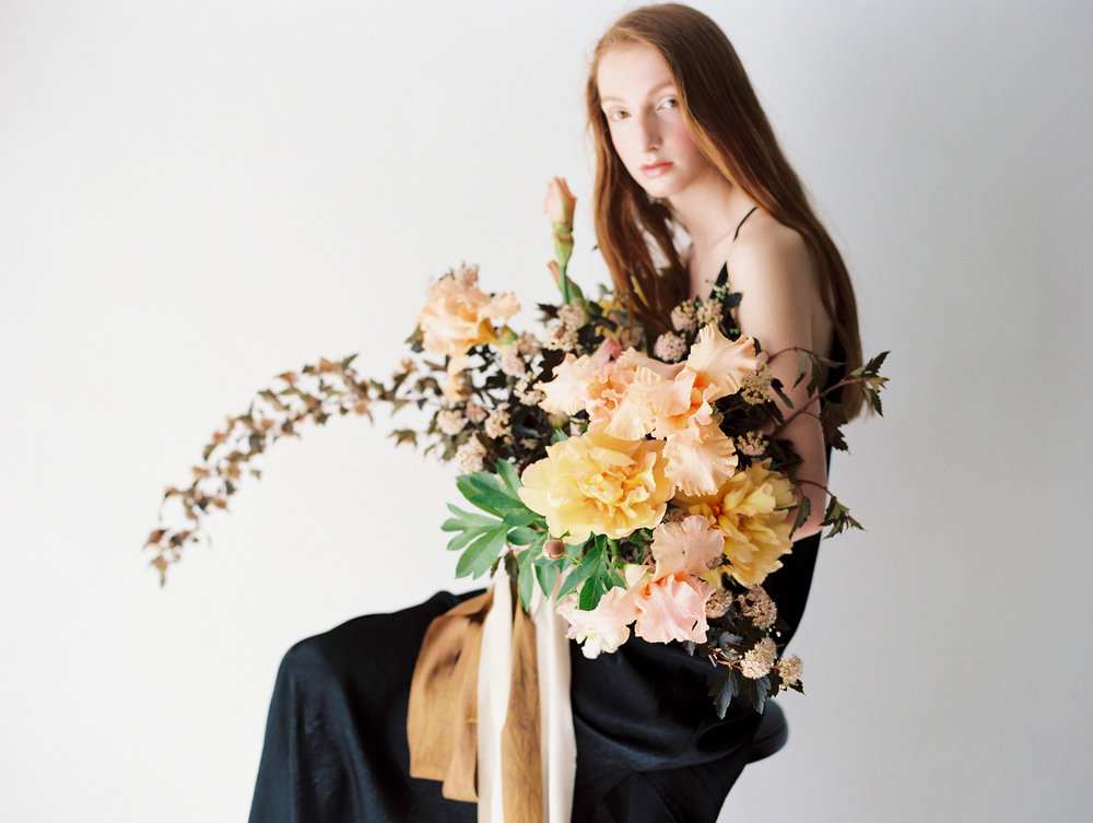 Photo by Amanda Nippoldt  Florals/Concept by Ashley Fox