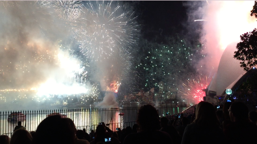fireworks New Years Eve Sydney - Wandering Jokas Travel Blog