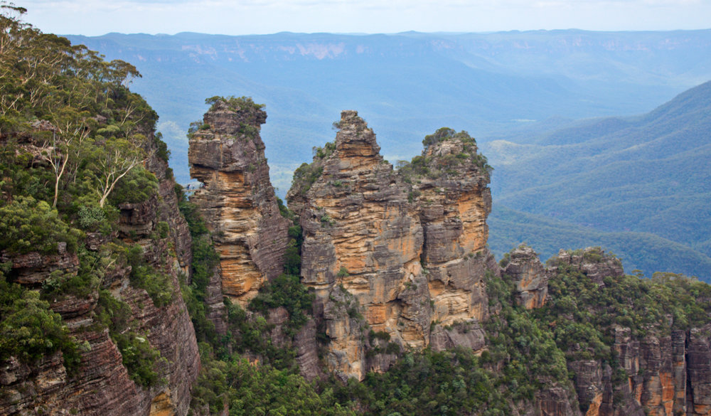 3 sisters blue mountains - Wandering Jokas Travel Blog