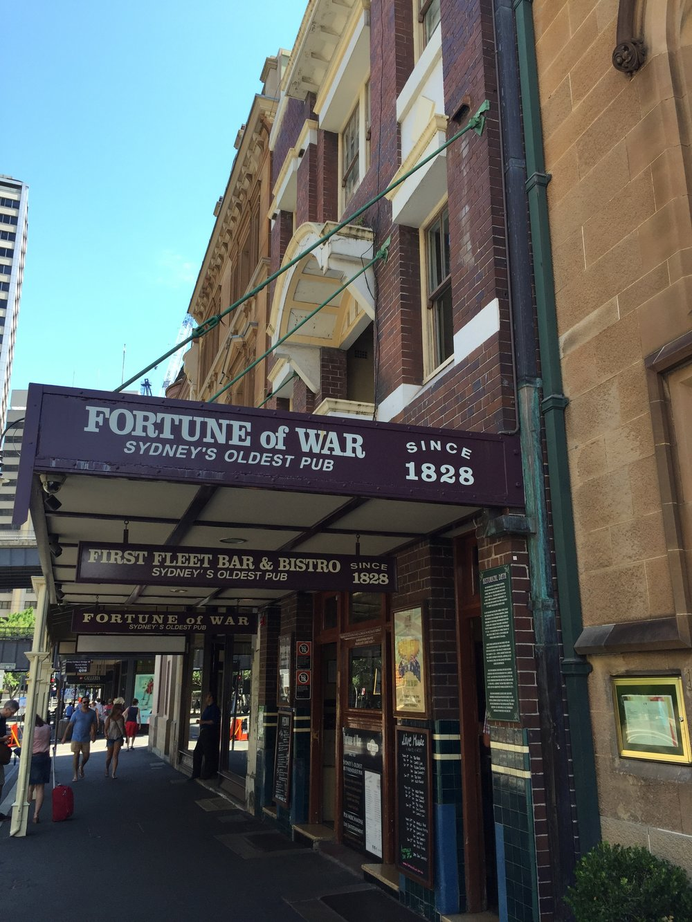 Fortune of War Oldest Pub in Sydney - Wandering Jokas Travel Blog