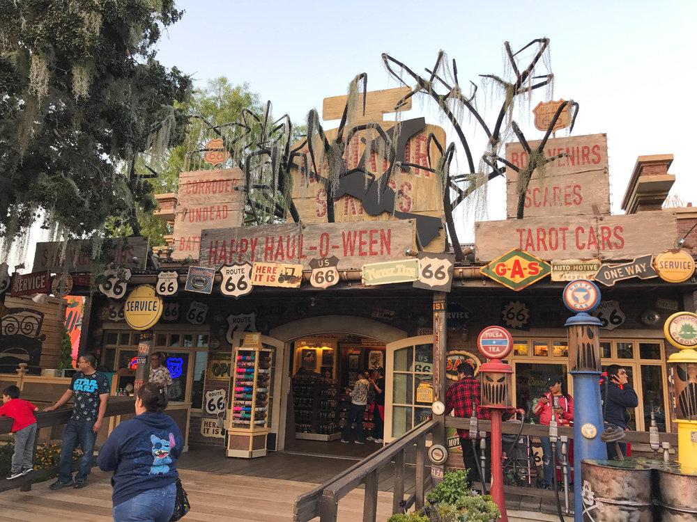 Disneyland_Halloween_2017-21.jpg