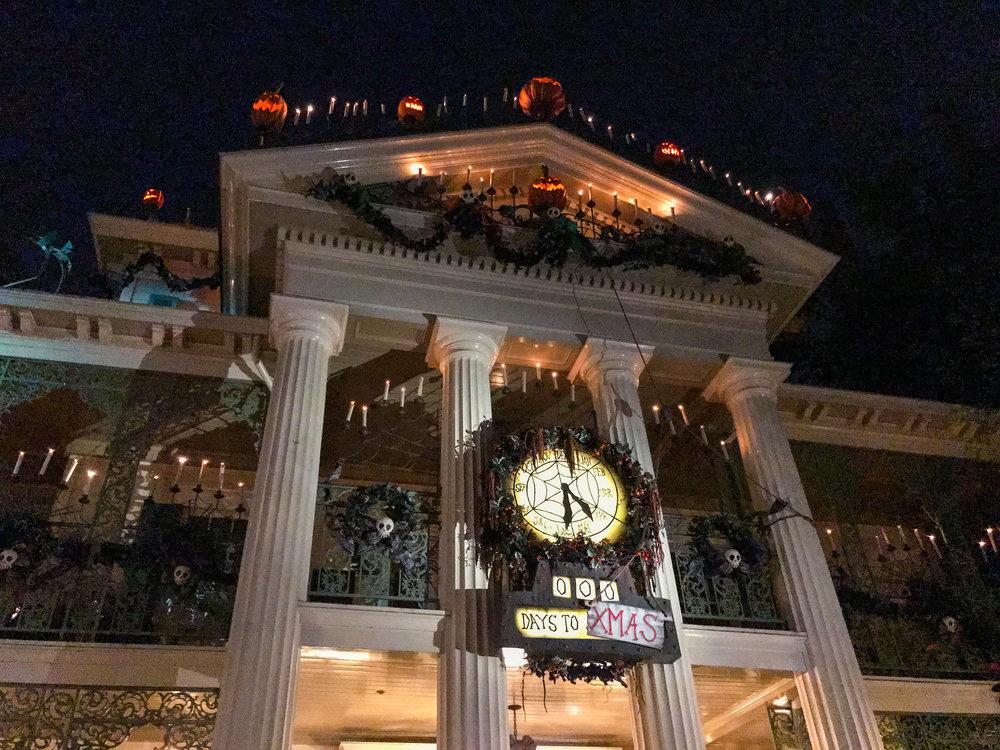Haunted Mansion Disneyland_Halloween_2017-57.jpg