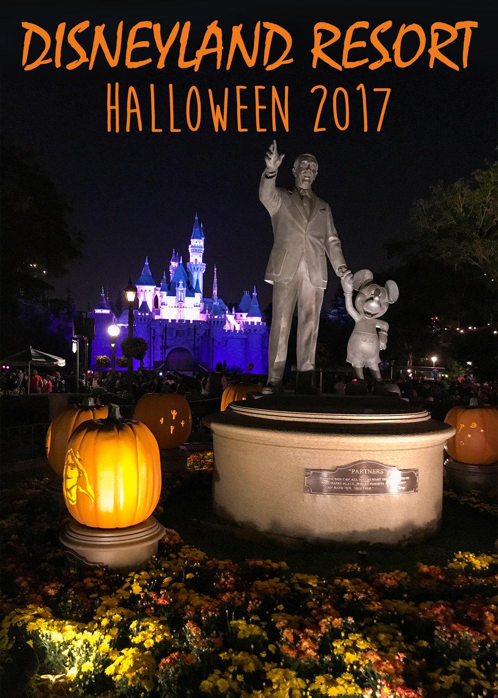 Disneyland_Resort_Halloween_Decorations_2017.jpg
