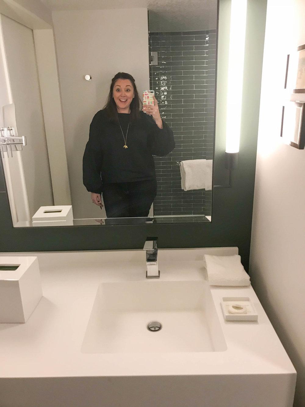 Park MGM Room - Bathroom Selfie