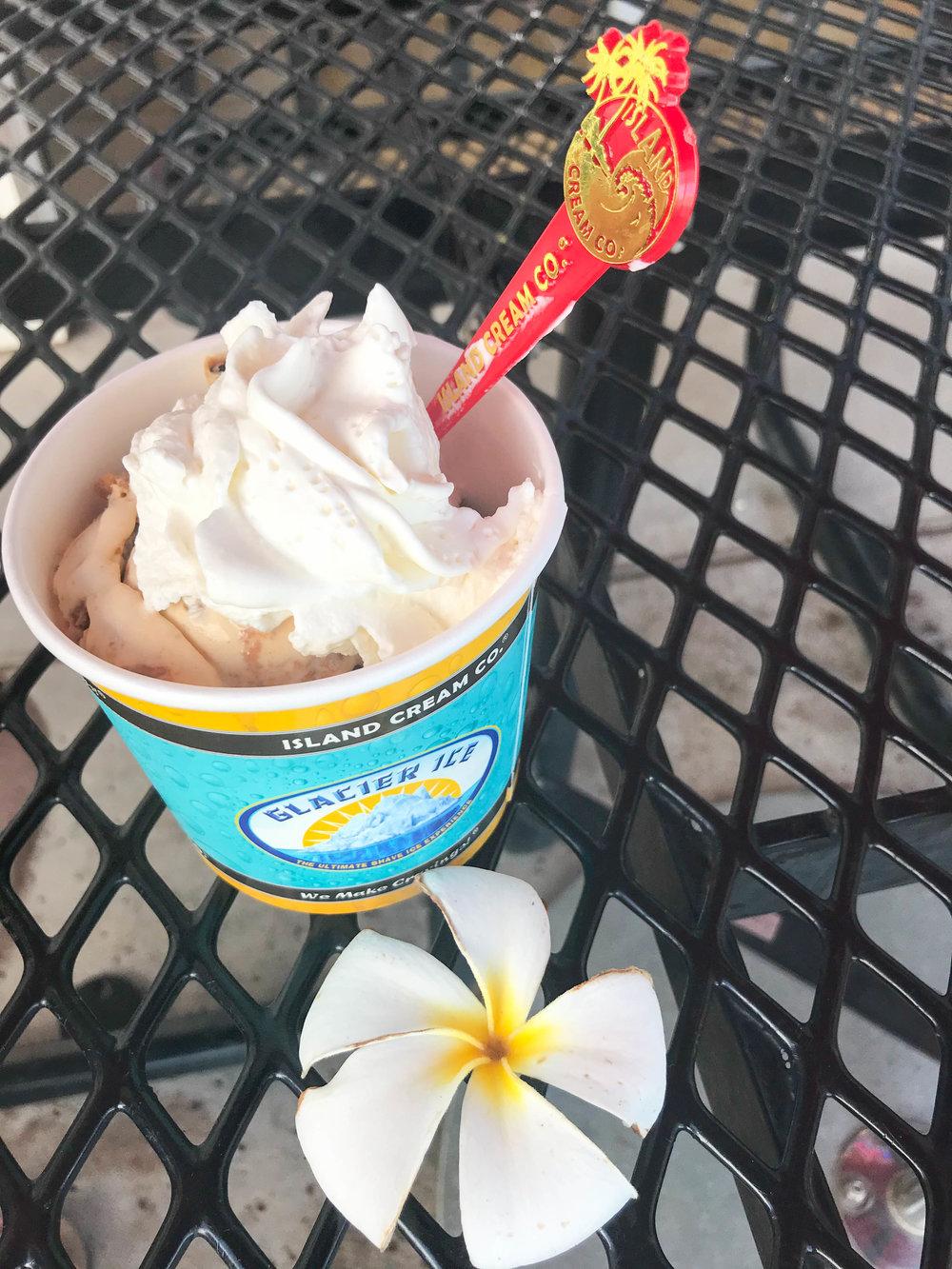Maui Island Cream Company - Ice Cream Sundae