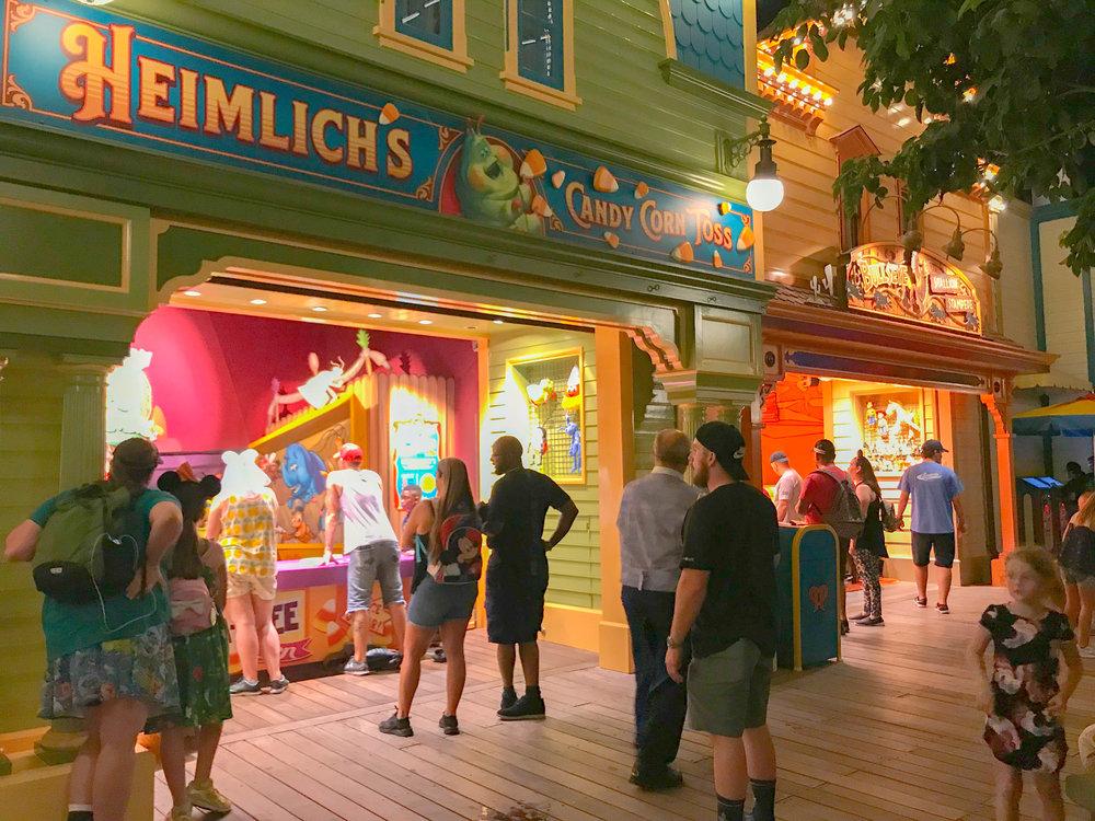 Disneyland California Adventure - Pixar Pier Boardwalk games