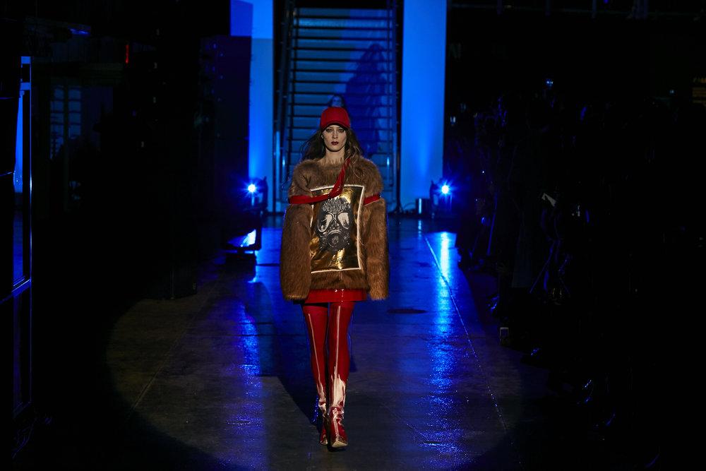 Chi Zhang - Fashion Show